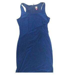 Vince Camuto sleeveless blue sheath dress